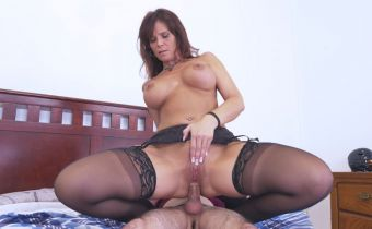 Czarna cipka kobiecy wytrysk na penisa